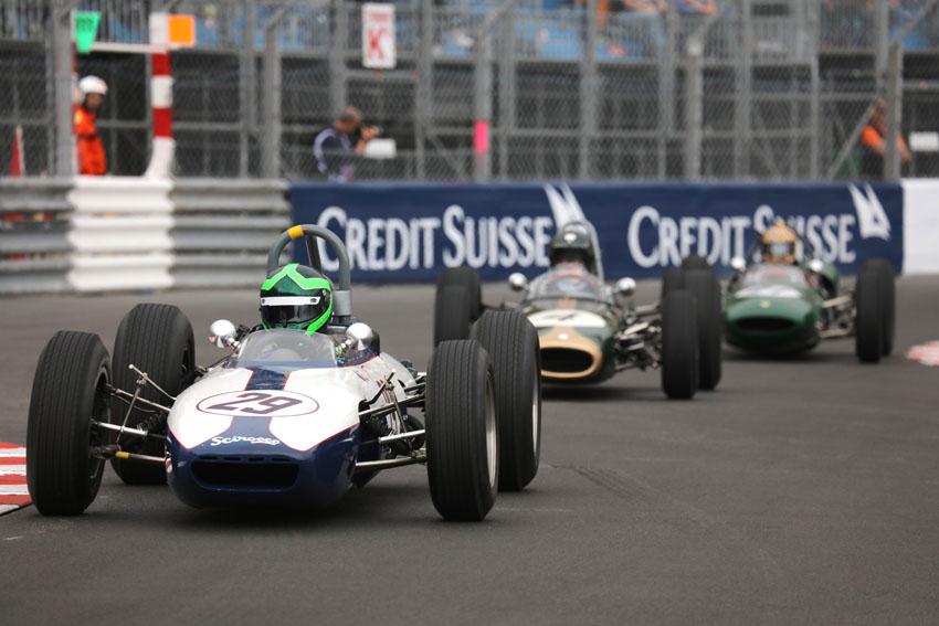Formula Juniors at turn 8