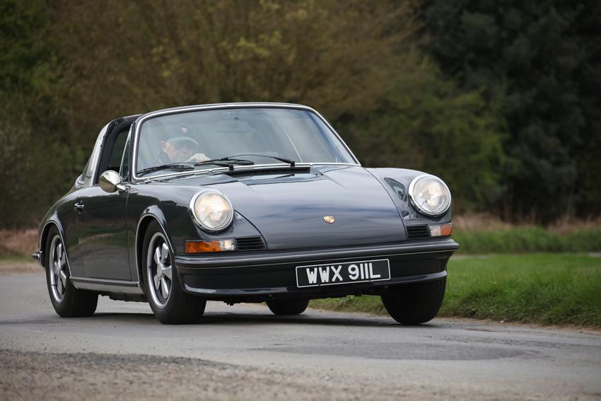 Porsche corner-1